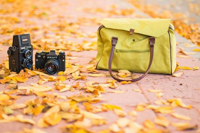 Camera Bags for Women: No Need to Multiply – Just Simplify!