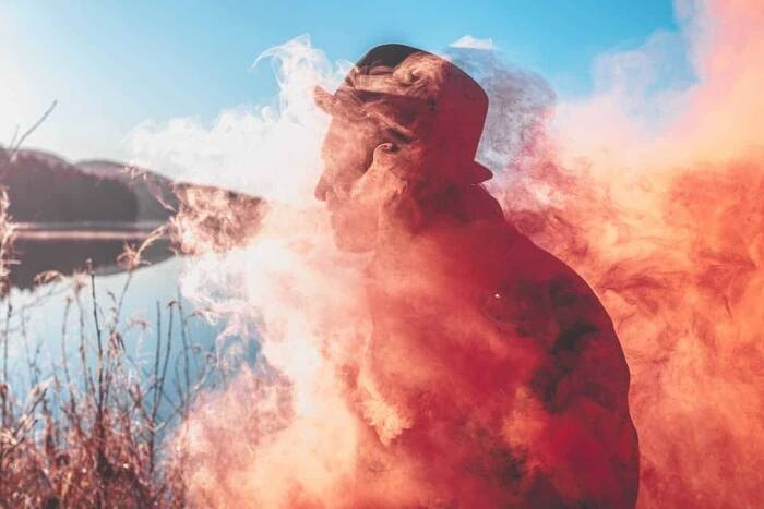 9 Smoke Bomb Photography Tips for Jaw Dropping Photos