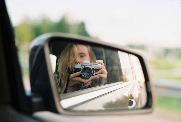 Point and Shoot vs DSLR Cameras: What are the Differences?