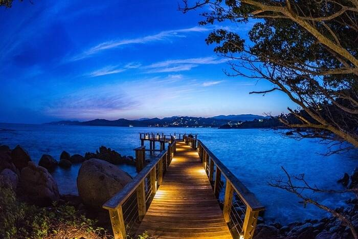 Blue Hour Photography: A Beginner's Guide to Take Stunning Photos